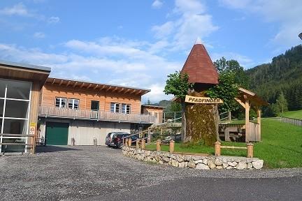 Pfadfinderheim2 klein.jpg