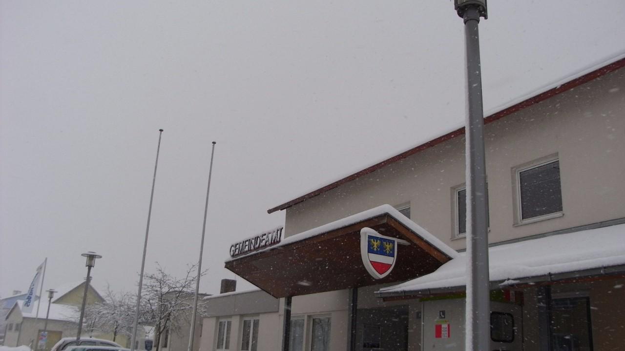 Gemeindeamt 2 Schnee.JPG