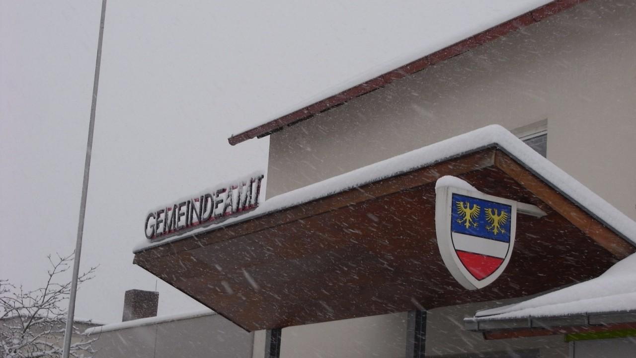 Gemeindeamt 3 Schnee.JPG