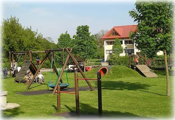 seit_spielplatz1.jpg