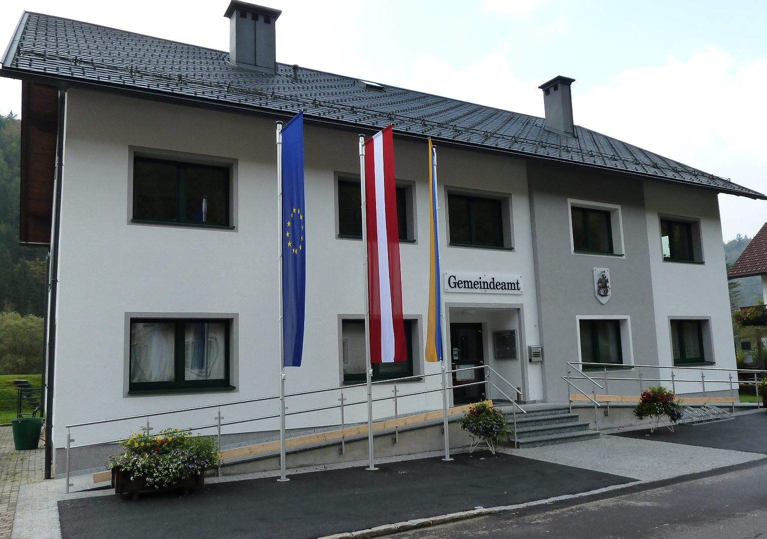 Gemeindeamt bearbeitet.jpg