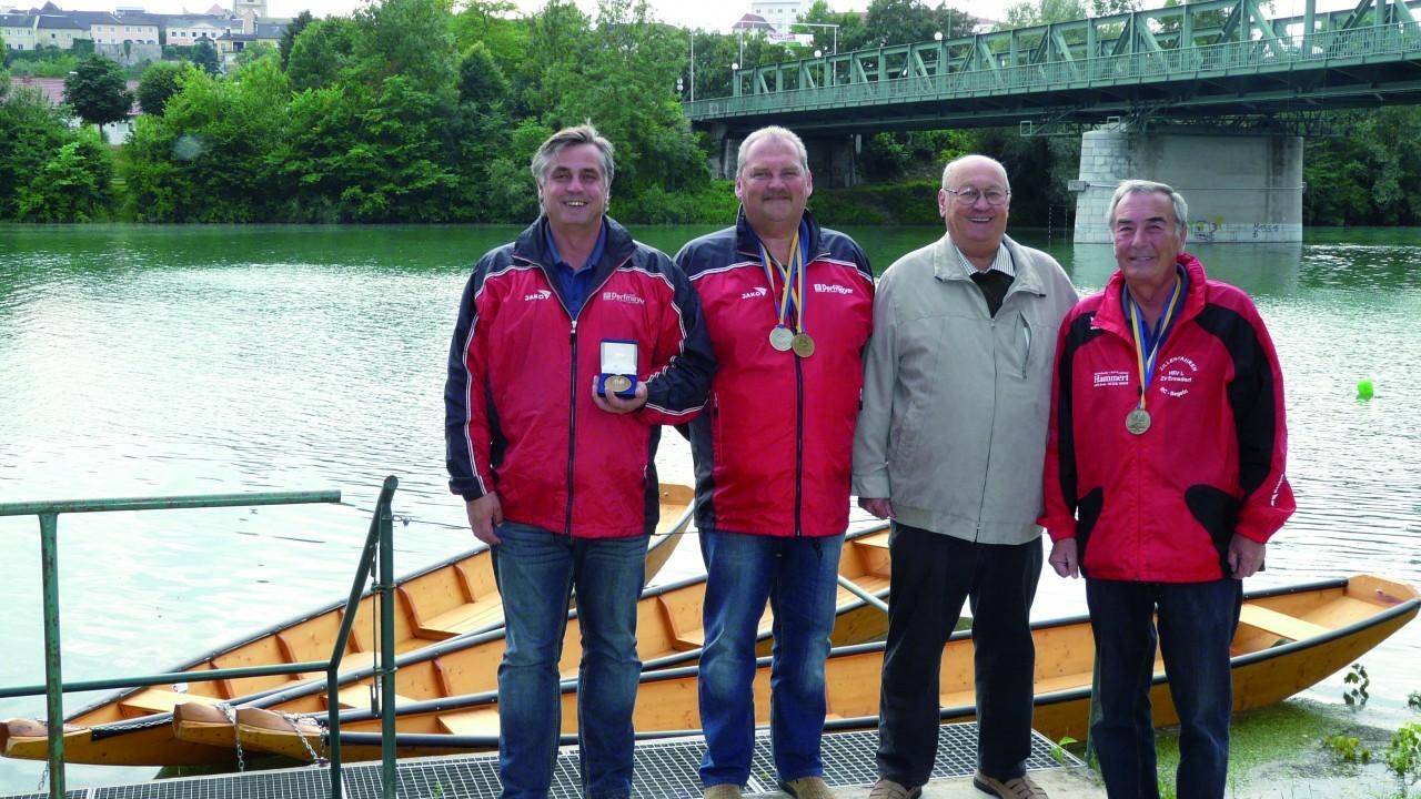 HSV Weltmeisterschaftsfeier beim HS Bootshaus P1190473.jpg