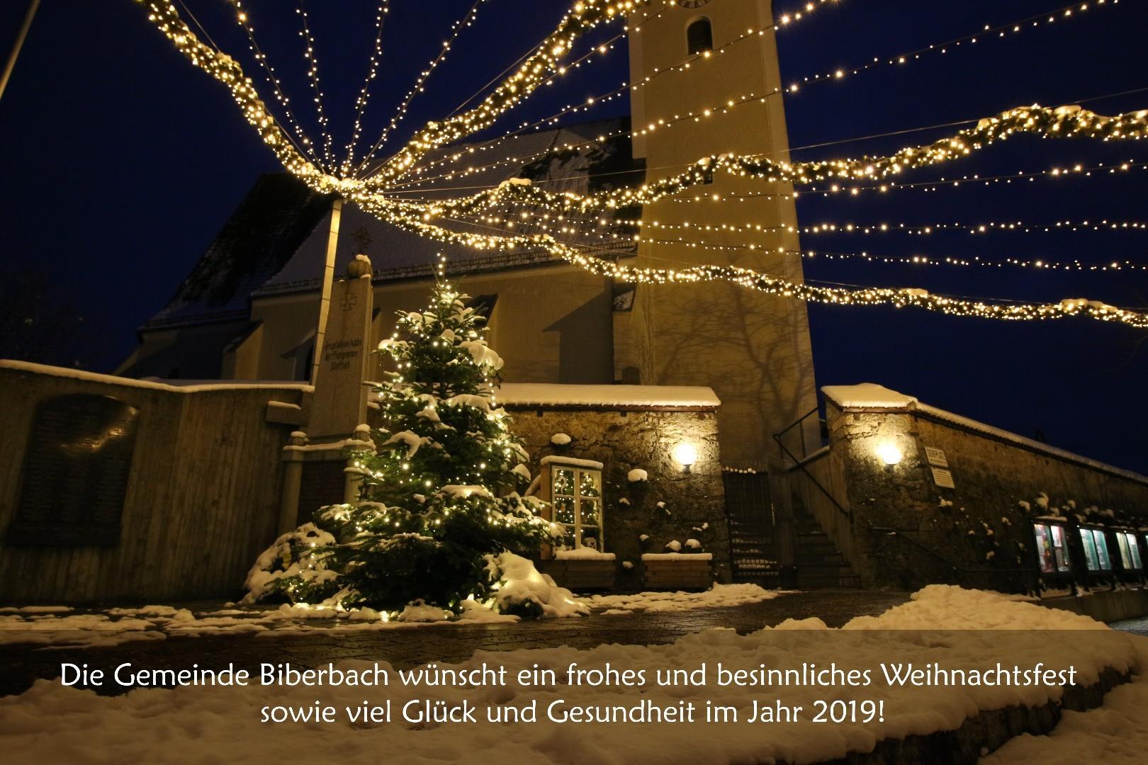 2018-12-17 Weihnachtsbeleuchtung NEU  Dorfplatz 9 - Weihnachten Homepage.JPG