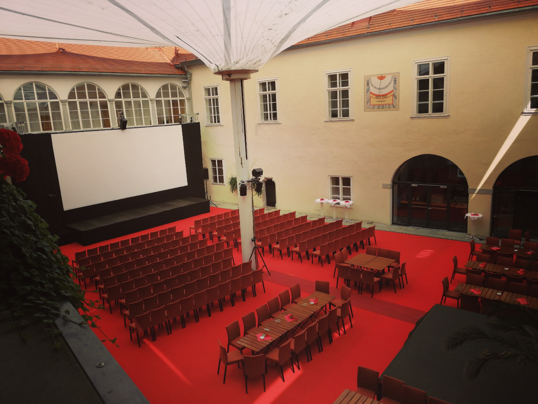Kino am Schloss.jpg