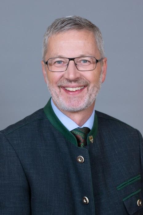 Hinterleitner Fritz_Tracht.jpg