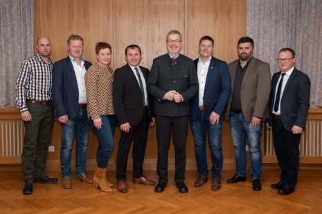 Gemeinderat 2020-2025_Gemeindevorstand-02-vkl.jpg