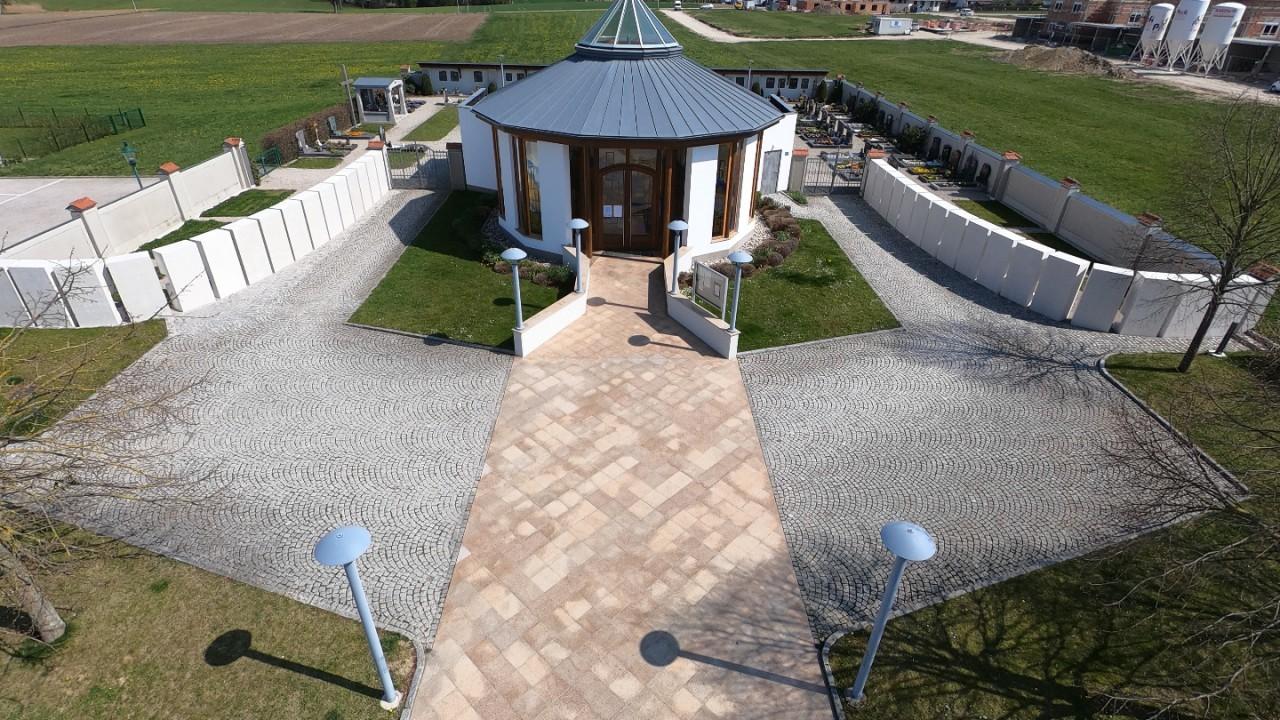 Gemeindefriedhof-03.JPG