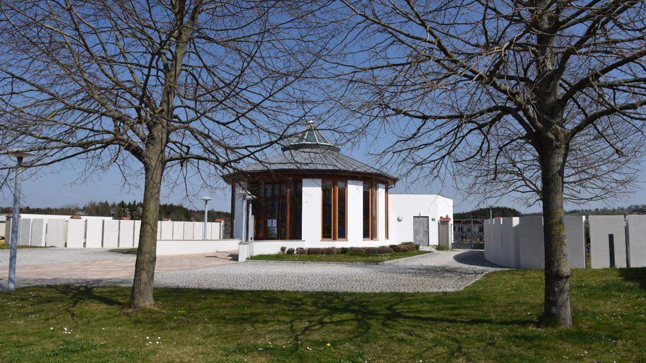 Gemeindefriedhof-05.JPG