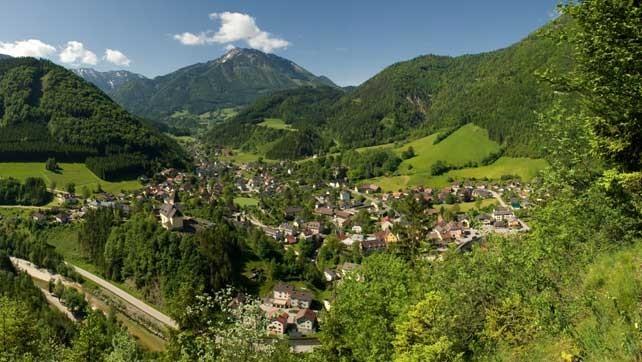 1-Hollenstein---Panorama-1-(c)-Gemeinde-Hollenstein_16zu9.jpg