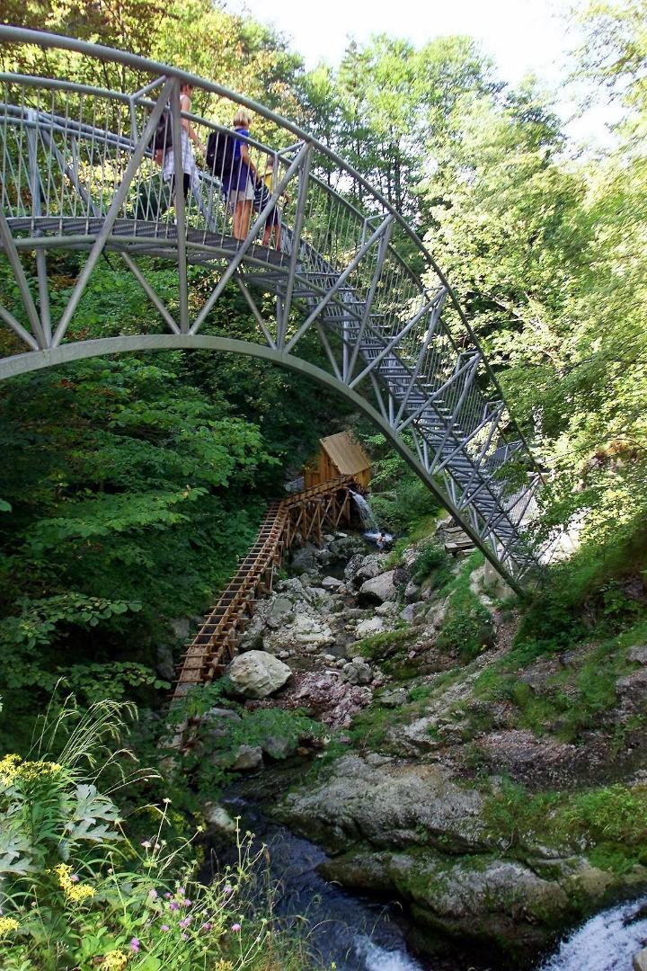 Schmiedemeile-Erlebnisbrücke.jpg