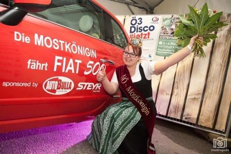 Krönungsfest 2018 Sponsor Auto 2 + Königin Cc Mostropolis.jpg