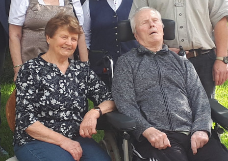 Diam. Hochzeit Gruber Adolf und Anna Dorf 4 Paarfoto 6-2020.jpg