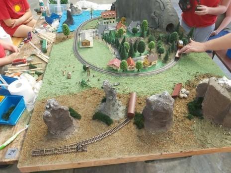 Einblick in den Bau einer Modelleisenbahn (6).JPG