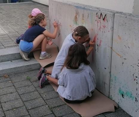 Wir malen die Gemeinde an (4).JPG