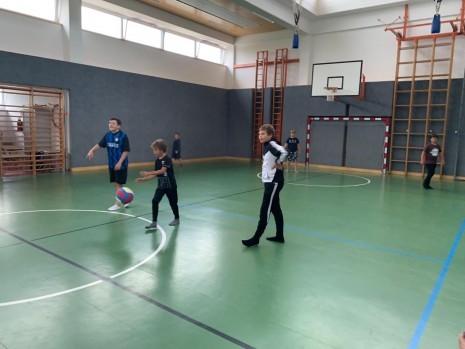 Völkerballcamp und Turnier (1).JPG