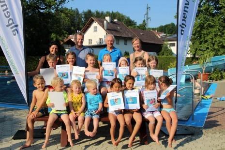 Ferienspiel alpenverein schwimmkurs-01.jpg