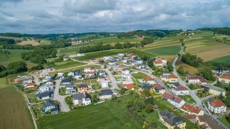 Drohne Schloss Zeillern Cleanhill Studios (5 von 15).jpg