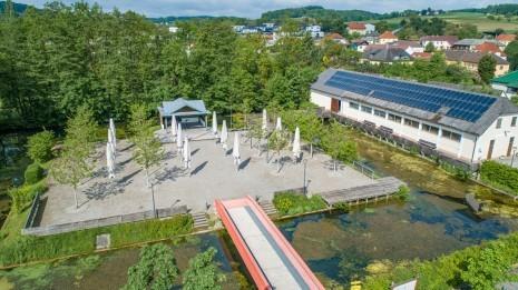 Drohne Schloss Zeillern Cleanhill Studios (10 von 15).jpg