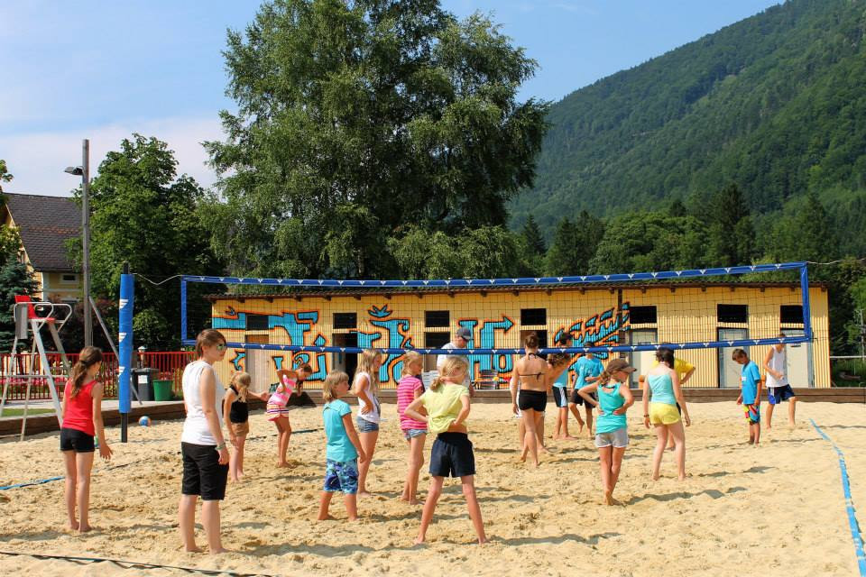 beachvolleyballplatz.jpg