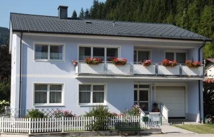 arzthaus_.jpg