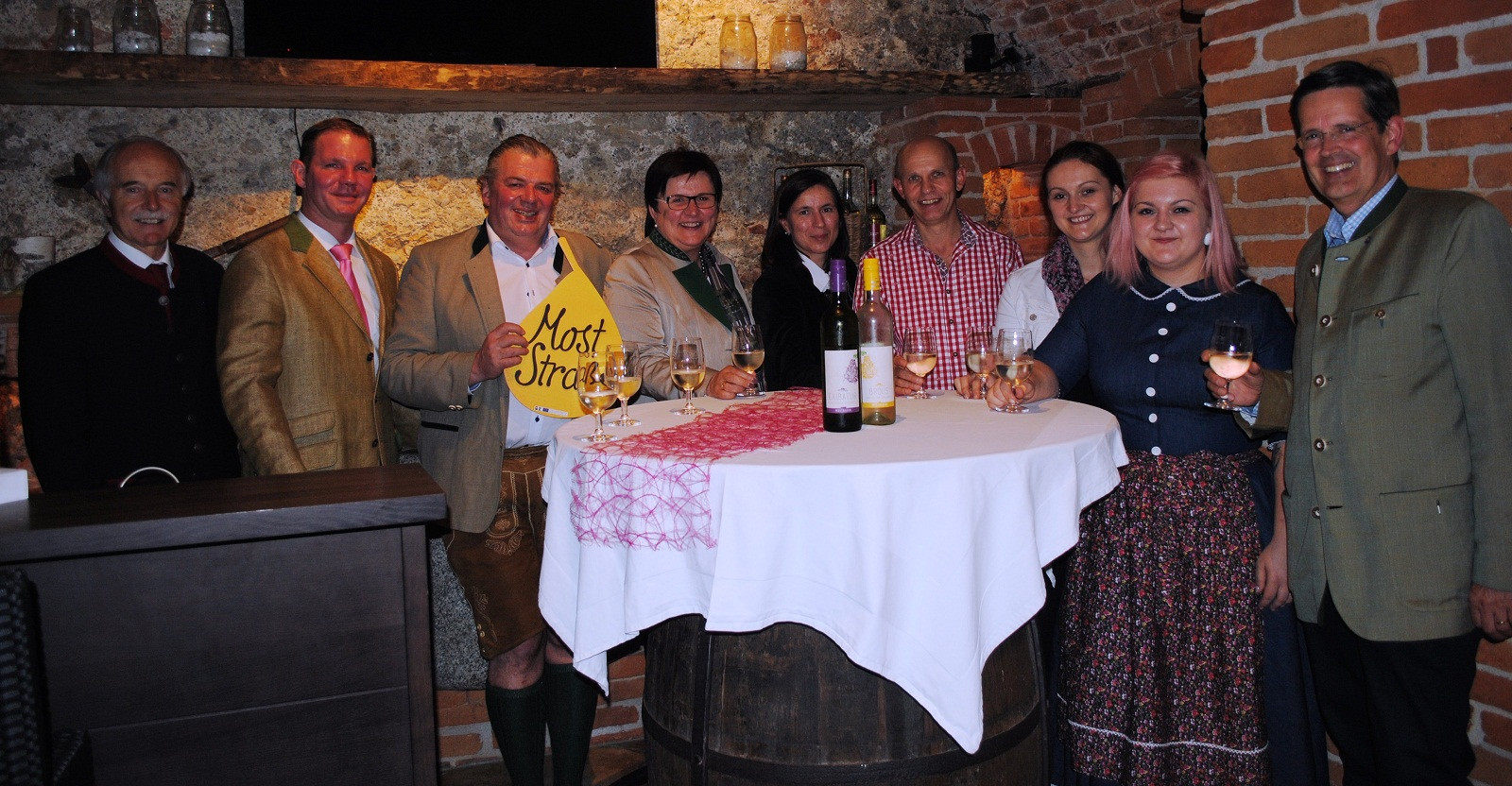 2014_mystery_guest_restaurant_berndl_toferer_gafringwirt_kappl.jpg