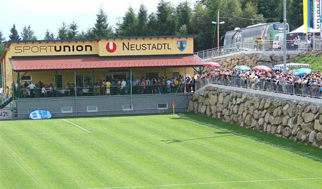 fussballplatz.jpg