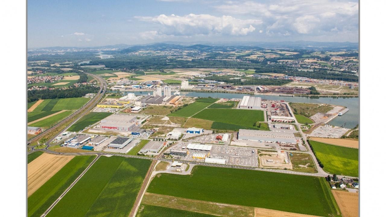 Luftbild Hafen.jpg