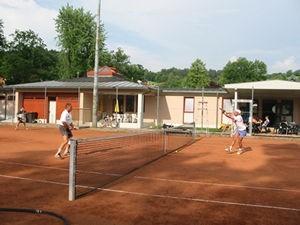 bild_tennis.jpg