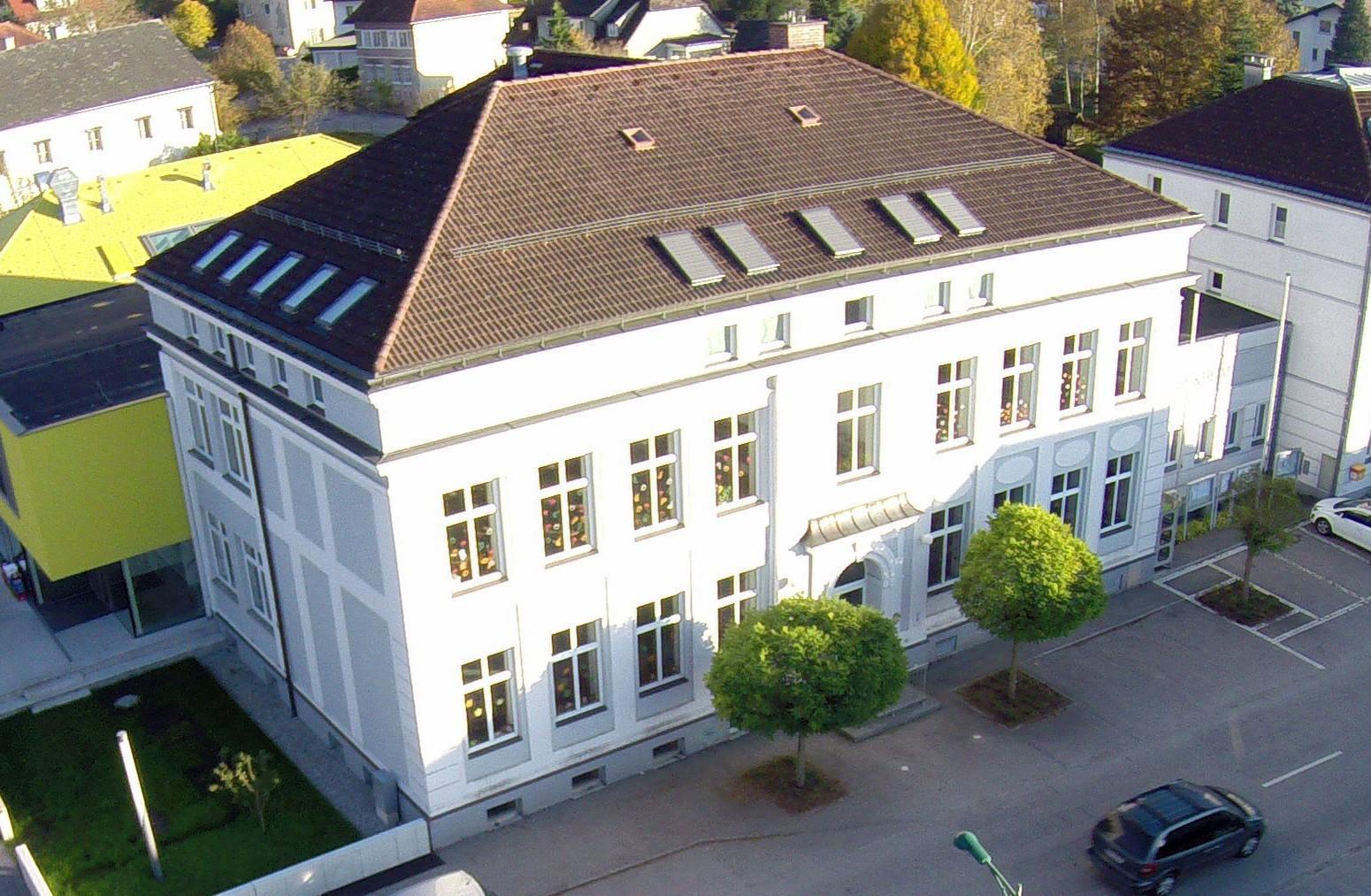 Volksschule2.jpg