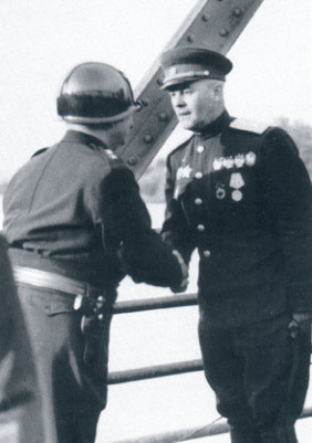 Gerald Walker und General Dimitrov