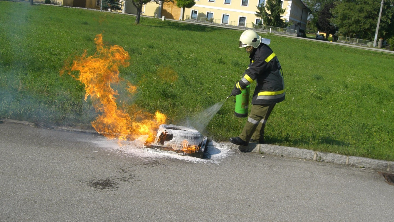 Feuerwehrmann.JPG