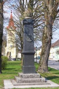 kaiser obelisk.jpg